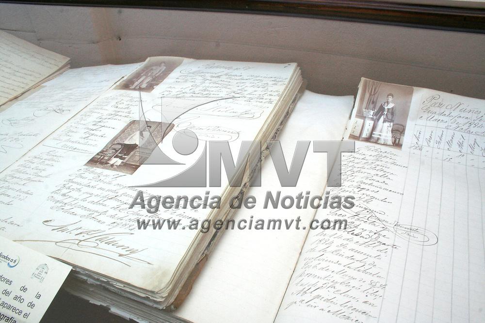 Toluca, Mex.- Juan Rodolfo Sánchez Gómez, alcalde de la ciudad de Toluca, inauguró las nuevas instalaciones del archivo Histórico Municipal. Agencia MVT / Crisanta Espinosa. (DIGITAL)<br /> <br /> <br /> <br /> NO ARCHIVAR - NO ARCHIVE