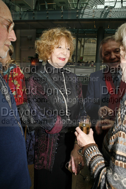 Moura Fraser, 75 Anniversary celebration fort the Royal Ballet. Royal Opera House. Covent garfden. London. 23 April 2006. ONE TIME USE ONLY - DO NOT ARCHIVE  © Copyright Photograph by Dafydd Jones 66 Stockwell Park Rd. London SW9 0DA Tel 020 7733 0108 www.dafjones.com
