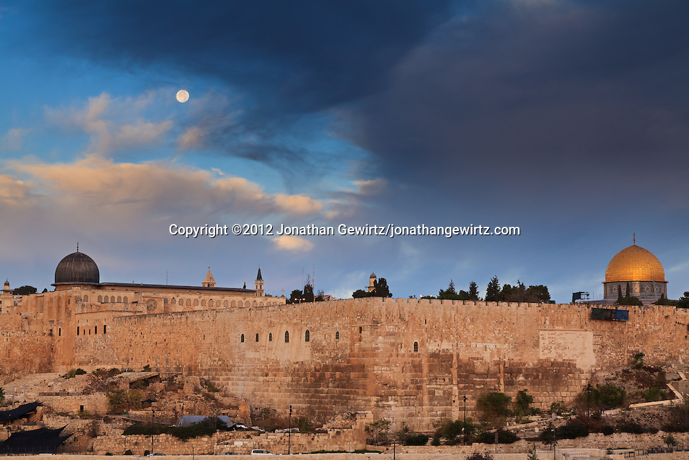 The Temple Mount, Dome of the Rock and Al Aqsa mosque under the setting Moon. WATERMARKS WILL NOT APPEAR ON PRINTS OR LICENSED IMAGES.