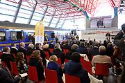 Koningin Beatrix opent nieuwe spoorlijn Hanzelijn op station Lelystad.De koningin is de eerste officiele reiziger in haar eigen koninklijke trein. Aan het spoortraject, dat de Randstad met het noorden van Nederland verbindt, is 6 jaar lang gewerkt. ///// Queen Beatrix opens the new railway line (Hanzelijn) in Lelystad.The Queen is the first official passenger in her own royal train. The railway line connects  the Randstad to the north of the Netherlands.<br /> <br /> Op de foto/ On the photo: station Lelystad