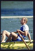 Henley on Thames. United Kingdom. NZL M1X Eric VERDONK, Diamond Challenge Sculls. 1990 Henley Royal Regatta, Henley Reach, River Thames. 06/07.1990<br /> <br /> [Mandatory Credit; Peter SPURRIER/Intersport Images] 1990 Henley Royal Regatta. Henley. UK