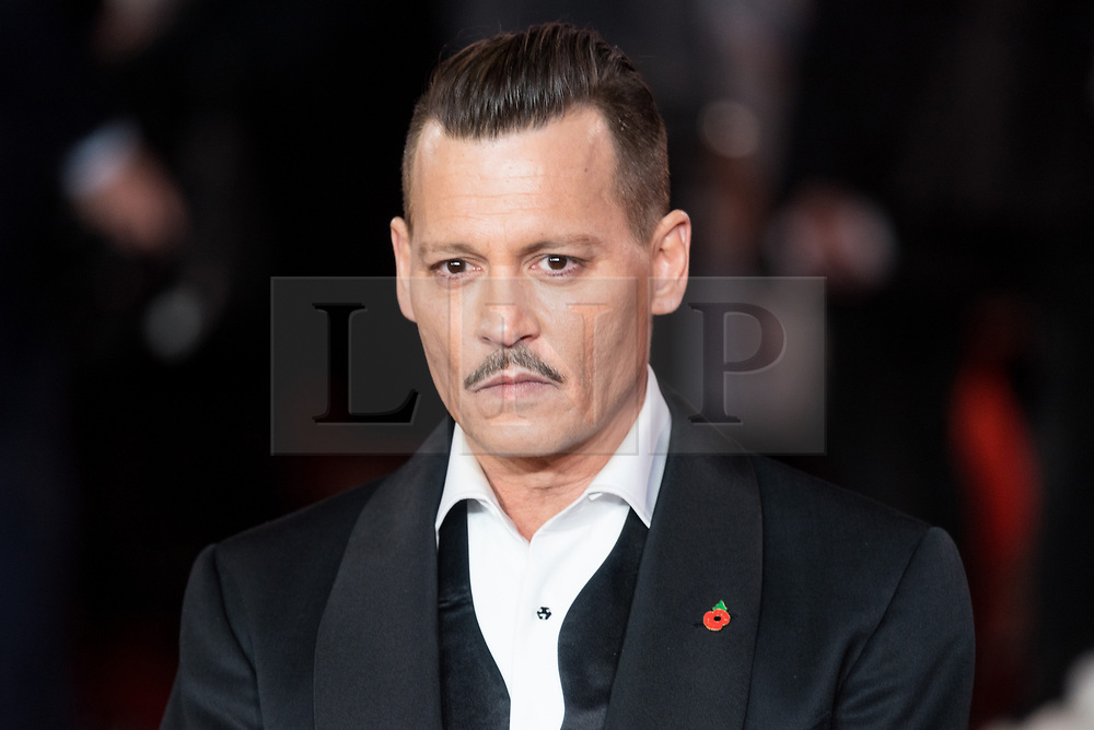 © Licensed to London News Pictures. 02/11/2017. London, UK. JOHNNY DEPP attends the world film premiere of Murder On The Orient Express. Photo credit: Ray Tang/LNP