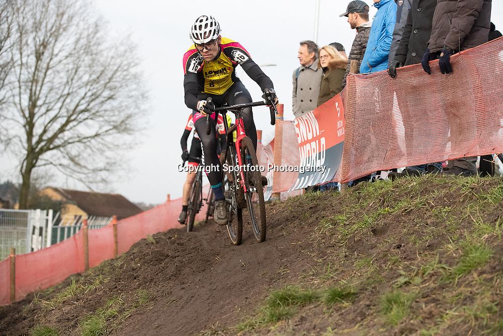 11-01-2020: Wielrennen: NK Veldrijden: Rucphen <br />Hilco Huisjes