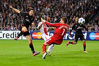 Ajax - AC Milan , 28-09-2010 , Champions League , Zlatan Ibrahimovic schiet de bal langs Maarten Stekelenburg voor de 1-1