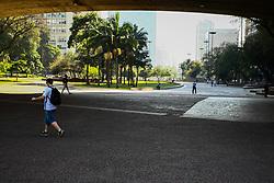 September 6, 2017 - O vale do Anhangabaú na região central de São Paulo, amanhece limpa e sem moradores em situação de rua, na manhã desta quarta-feira  (Credit Image: © Aloisio Mauricio/Fotoarena via ZUMA Press)