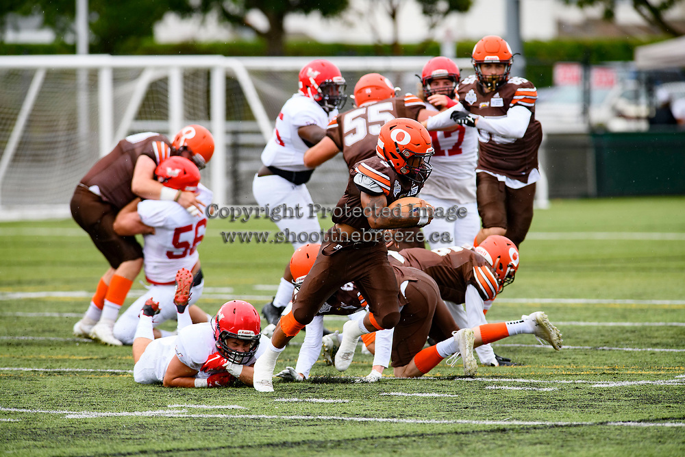 CHILLIWACK, BC - SEPTEMBER 11: Malcolm Miller #3 of Okanagan Sun runs with the ball against the Westshore Rebels at Exhibition Stadium in Chilliwack, BC, Canada. (Photo by Marissa Baecker/Shoot the Breeze)