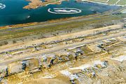 Nederland, Noord-Holland, Gemeente Schoorl, 14-02-2017; Camperduin, Hondsbossche en Pettemer Zeewering. De zeewering bij de kust van Callantsoog was een van de Zwakke Schakels in de kust, om de dijk te beschermen is er door middel van zandsuppletie een strand met neiuwe duinen aangebracht voor de dijk. Project Kust op kracht van het Hoogheemraadschap Hollands Noorderkwartier.<br /> Foto naar nieuw natuurgebeid achter de dijk.<br /> Camperduin, Hondsbossch and Petten dam. The seawall is one of the weak links in the coast. To protect the dike, sand nourishment has been used to create a protecting beach.<br /> luchtfoto (toeslag op standard tarieven);<br /> aerial photo (additional fee required);<br /> copyright foto/photo Siebe Swart