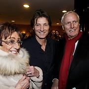 NLD/Leiden/20150127 - Premiere Verleiding van een Moordvrouw , Rik Engelkes met zijn ouders