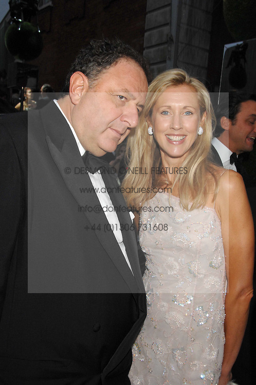 JEAN PIGOZZI and COUNTESS ALLESANDRO GUERRINI-MARALDI  at the Ark 2007 charity gala at Marlborough House, Pall Mall, London SW1 on 11th May 2007.<br />
