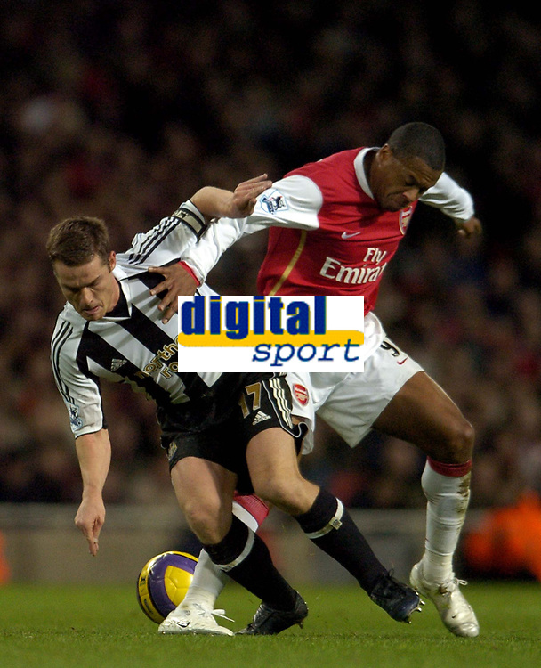 Photo: Olly Greenwood.<br />Arsenal v Newcastle United. The Barclays Premiership. 18/11/2006. Newcastle's Scott Parker and Arsenal's Julio Baptista
