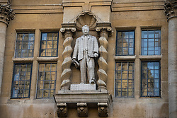 © Licensed to London News Pictures. 13/01/2016. Oriels College, Oxford. A Cecil Rhodes statue at Oriel College at Oxford University in Oxford. There is a campaign to remove the statue of Cecil Rhodes from the front of Oriel College by a group calling themselves Rhodes must fall. Photo credit : Mark Hemsworth/LNP