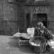 Egypt. Cairo : mosquee tarabay  INALYUS SUFI . sharia BAB EL WAZIR    street , islamic Cairo     NM 250