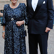 Aankomst van de koninklijke gasten op Paleis Het Loo voor het Diner.<br /> <br /> Arrival of the royal guests at Het Loo Palace for Dinner.<br /> <br /> Op de foto / On the photo: Koning Willem-Alexander en prinses Beatrix / King Willem-Alexander and princess Beatrix