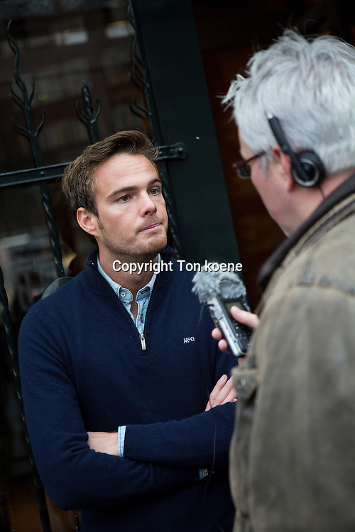 Giedo van der Garde has signed a contract with the Sauber F1 Team as their new third driver.