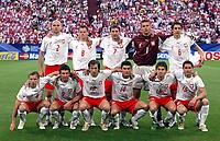 Fotball<br /> VM 2006<br /> Foto: Dppi/Digitalsport<br /> NORWAY ONLY<br /> <br /> FOOTBALL - WORLD CUP 2006 - STAGE 1 - GROUP A - POLEN v ECUADOR - 09/06/2006<br /> <br /> POLAND TEAM (BACK ROW LEFT TO RIGHT : MARIUSZ JOP / JACEK KRZYNOWEK / RADOSLAV SOBOLEWSKI / ARTUR BORUC / JACEK BAK. FRONT ROW : MARCIN BASZCZYNSKI / MACIEJ ZURAWSKI / MIROSLAV SZYMKOWIAK / MICHAL ZEWLAKOW / EBI SMOLAREK / ARKADIUSZ RADOMSKI)<br /> Lagbilde
