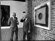 10/09/1988<br /> 09/10/1988<br /> 10 September 1988<br /> ROSC 1988 Exhibition at the Guinness Hop Store. <br /> Sir Norman McFarlane visits ROSC '88. Sir Norman MacFarlane, Chairman of Guinness plc and Mr Pat Murphy, Chairman of ROSC.