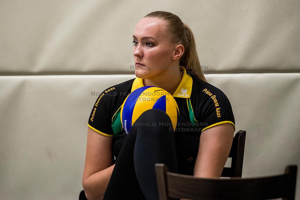 10-09-2018 NED: Training PDK Huizen season 2018-2019, Huizen<br /> Training for the players of Top Division club vv Huizen women season 2018-2019 / Marleen Veldhuis #4 of PDK Huizen