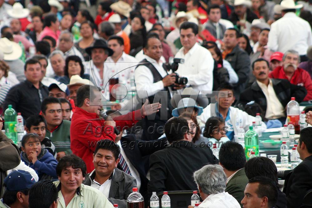 JILOTEPEC, Mexico.- Héctor Velasco Monroy, diputado federal por el distrito uno rindió su informe de labores, ante los representantes de los diferentes municipios de su zona. Agencia MVT / José Hernández. (DIGITAL)