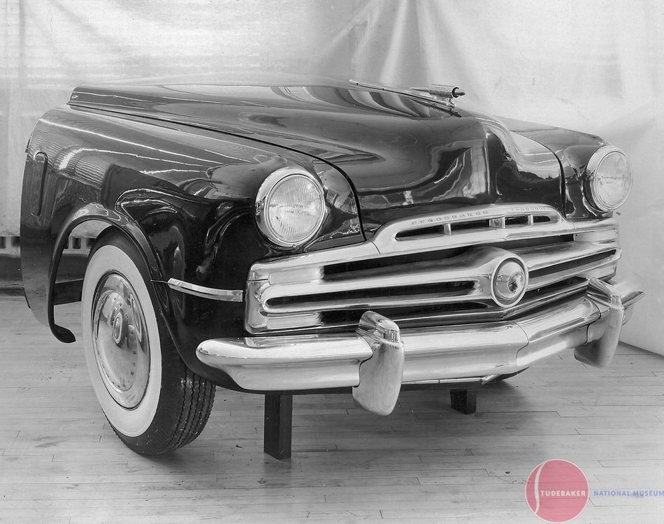 Front-end styling proposal for c. 1947-1949 Studebaker Commander.