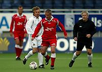 """Fotball<br /> Oppvisningskamp<br /> Color line stadion<br /> 13.07.2006<br /> Liverpool old stars v Norway old stars 3-1<br /> Foto: Richard Brevik - Digitalsport<br /> <br /> Jan Ivar """"mini"""" jakobsen - Norway all stars<br /> Davy Watne - dommer(judge)<br /> Mike Marsh - Liverpool All stars"""