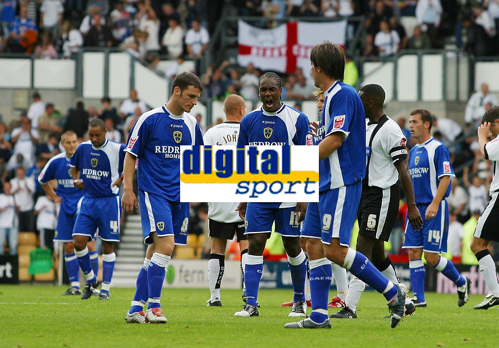 Photo: Paul Thomas.<br /> Derby County v Cardiff City. Coca Cola Championship.<br /> 20/08/2005.<br /> <br /> The Cardiff team show disappiontment at the final whistle.