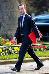 © Licensed to London News Pictures. 05/04/2016. London, UK. Welsh Secretary ALUN CAIRNS attending a meeting to discuss potential buyers of Tata Steel plants with Prime Minister David Cameron in Downing Street on Tuesday, 5 April 2016. Photo credit: Tolga Akmen/LNP
