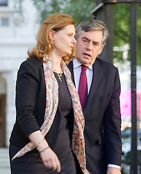 © London News Pictures. 24/07/2012. London, UK. Former British Prime Minister GORDON BROWN and his wife SARAH BROWN arriving at 10 Downing street for a lunch with Prime Minister David Cameron on July 24, 2012. Photo credit: Ben Cawthra/LNP.