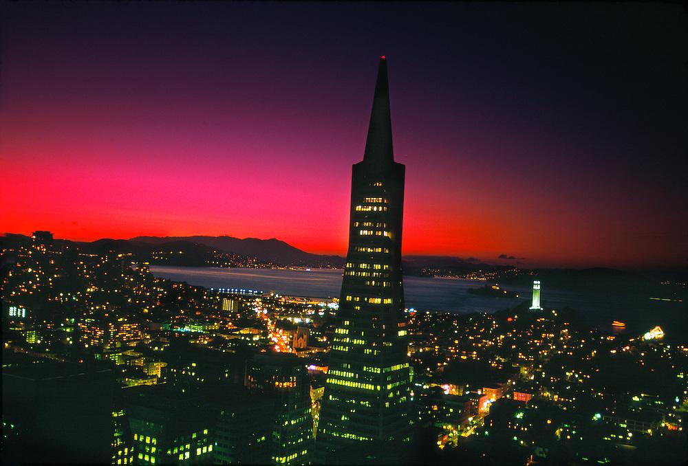 Transamerica pyramid and the skyline of San Francisco at twilight, San Francisco, California