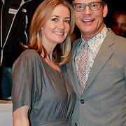 NLD/Den Haag/20110406 - Premiere Alle Tijden, styliste Monique Mathijssen en Theo Hopman