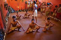 Inde, Etat du Kerala, ecole de Kalarippayat (Kalari), art martial // India, Kerala state, Kalarippayat school (Kalari)