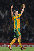 Photo: Ashley Pickering.<br /> Norwich City v Blackpool. The FA Cup. 13/02/2007.<br /> Match winner Chris Martin of Norwich celebrates at the end of the match