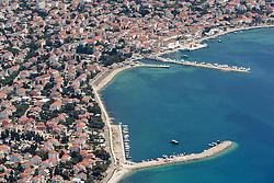 21.06.2015, Novalja, CRO, Insel Pag, Novalja ist die zweitgrößte Stadt auf der Insel Pag, die zwischen Rijeka und Zadar in der kroatischen Adria liegt, im Bild Novalja // Novalja is the second largest city on the island of Pag, which is located between Rijeka and Zadar in the Adriatic, pictured on 2015/06/12 in Novalja, Croatia on 2015/06/21. EXPA Pictures © 2015, PhotoCredit: EXPA/ Pixsell/ Dino Stanin<br /> <br /> *****ATTENTION - for AUT, SLO, SUI, SWE, ITA, FRA only*****