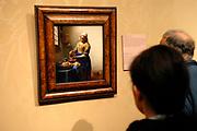 Rijksmuseum Amsterdam / National Museum Amsterdam- <br /> Titel /Title: De keukenmeid ( Melkmeisje)-<br /> Jaartal/Year: ca. 1658-<br /> Kunstenaar/Painter:Johannes Vermeer -<br /> Techniek:Olieverf op doek-<br /> Afmetingen/Size: 45,5 x 41 cm-