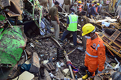 November 20, 2016 - Pukhrayan, Kanpur, India - Indian rescue team NDRF performs rescue work near of derailed Indore Patna Express train, in Pukhrayan village, some 60 kms from Kanpur, on November 20,2016. More than 150 people died in Accident, According to officials. (Credit Image: © Ritesh Shukla/NurPhoto via ZUMA Press)