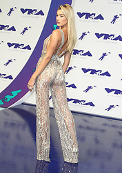 The 2017 MTV Video Music Awards Arrivals at The Forum in Inglewood, California on 8/27/17. 27 Aug 2017 Pictured: Hailey Rhode Baldwin. Photo credit: River / MEGA TheMegaAgency.com +1 888 505 6342