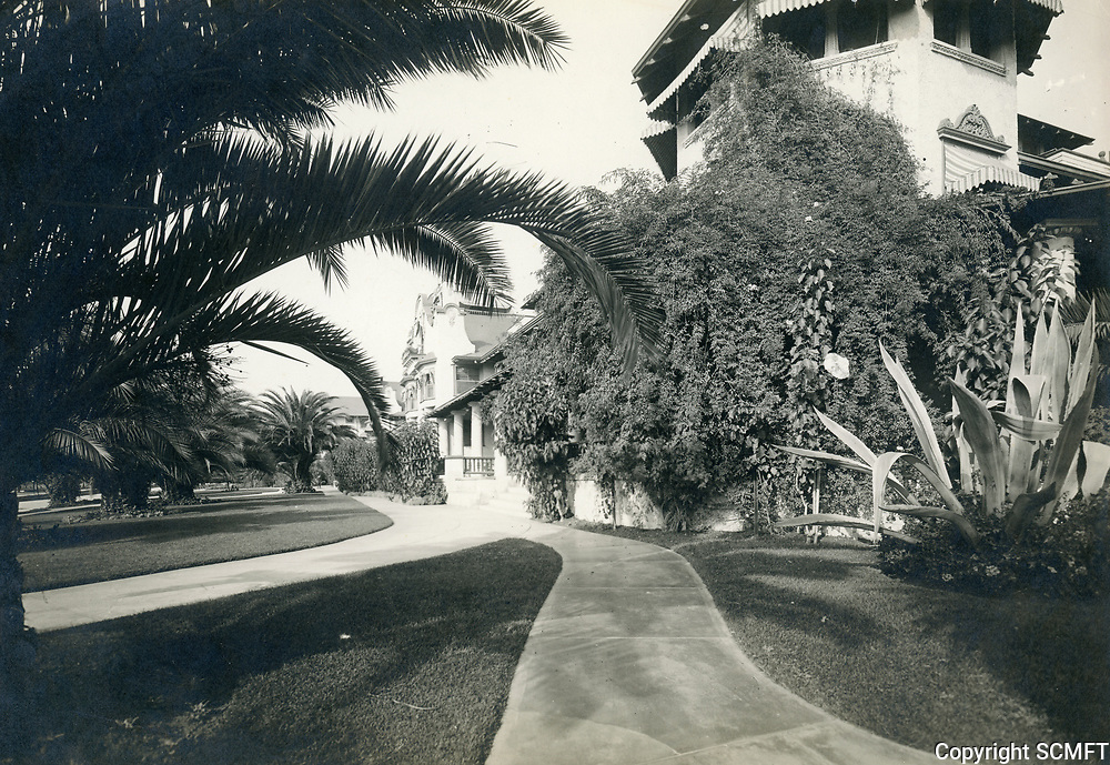 1926 The Hollywood Hotel