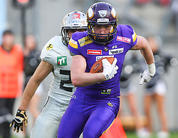 29.07.2017, Woertersee Stadion, Klagenfurt, AUT, AFL, Austrian Bowl XXXIII, Dacia Vikings Vienna vs Swarco Raiders Tirol, im Bild Fabian Seeber (Swarco Raiders Tirol, #24, LB) und Maurice Wappl (Dacia Vikings Vienna, #6, WR) // during the Austrian Football League Austrian Bowl XXXIII game between Dacia Vikings Vienna vs Swarco Raiders Tirol at the Woertersee Stadion, Klagenfurt, Austria on 2017/07/29. EXPA Pictures © 2017, PhotoCredit: EXPA/ Thomas Haumer