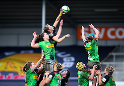 Kate Zackary of Exeter Chiefs wins a lineout against Abbie Ward of Harlequins - Mandatory by-line: Andy Watts/JMP - 06/02/2021 - Sandy Park - Exeter, England - Exeter Chiefs Women v Harlequins Women - Allianz Premier 15s