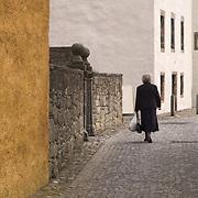Cobbled street in Culross, historical village in West Fife, Scotland<br />