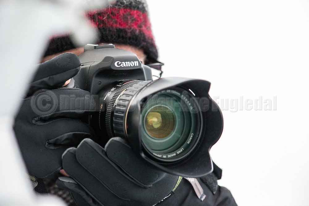 Photographer with Canon camera from a trip to Spitsbergen September 2013 | En fotograf med Canon kamera fra turen til Svalbard September 2013