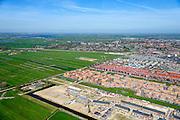 Nederland, Noord-Holland, Zaanstad, 20-04-2015; de nieuwe woonwijk Saendelft, tussen Assendelft en Krommenie breidt zich steeds verder uit in de Noordpolder. Grenend aan Assendelft Krommenie.<br /> Newly developed residential area, Zaanstad. <br /> luchtfoto (toeslag op standard tarieven);<br /> aerial photo (additional fee required);<br /> copyright foto/photo Siebe Swart