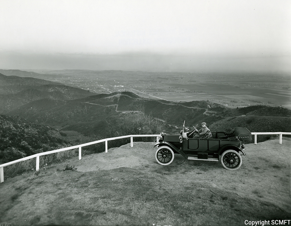 1912 Looking south from Lookout Mountain, just west of Laurel Canyon
