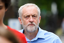 © London News Pictures. 28/07/2016. London, UK. Labour Party leader JEREMY CORBYN returns to his London home following a ruling at the Royal Courts of Justice which upheld a decision by the NEC to guarantee Corbyn a place on the Labour Party leadership ballot.  Photo credit: Ben Cawthra/LNP