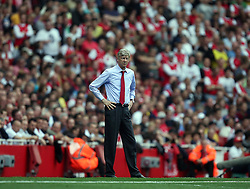 11.09.2010, Emirates Stadium, London, ENG, PL, FC Arsenal vs Bolton Wanderers, im Bild Arsenal's Manager Arsene Wenger   during Arsenal fc vs Bolton Wfc  for the EPL at the Emirates Stadium in London  . EXPA Pictures © 2010, PhotoCredit: EXPA/ IPS/ Marcello Pozzetti +++++ ATTENTION - OUT OF ENGLAND/UK +++++ / SPORTIDA PHOTO AGENCY