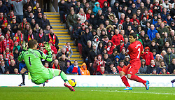 09.11.2013, Anfield, LIVERPOOL, ENG, Premier League, FC Liverpool vs FC Fulham, 11. Runde, im Bild Liverpool's Luis Suarez scores the third goal // during the English Premier League 11th round match between Liverpool FC and Fulham FC at Anfield in LIVERPOOL, Great Britain on 2013/11/09. EXPA Pictures © 2013, PhotoCredit: EXPA/ Propagandaphoto/ David Rawcliffe<br /> <br /> *****ATTENTION - OUT of ENG, GBR*****