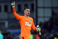 Karl Darlow , the goalkeeper of Newcastle United gives the thumbs up to the traveling fans. Premier League match, Crystal Palace v Newcastle Uutd at Selhurst Park in London on Sunday 4th February 2018. pic by Steffan Bowen, Andrew Orchard sports photography.