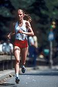 ROAD RUNNIN_First Ladies of Running