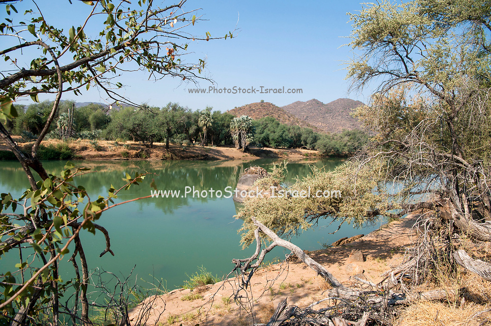 Kunene River (Cunene River), the border between Angola and Namibia, south-west Africa