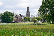 Nederland, Arnhem, 16-5-2019Beeld vanuit het Arhemse park,  Sonsbeek . Het stadspark was oorspronkelijk eind 19e eeuw een landgoed en dit en andere landgoederen stonden met elkaar in verbinding tot aan zeist .Foto: Flip Franssen
