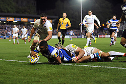 Kyle Eastmond of Bath Rugby scores a try - Photo mandatory by-line: Patrick Khachfe/JMP - Mobile: 07966 386802 03/10/2014 - SPORT - RUGBY UNION - Bath - The Recreation Ground - Bath Rugby v Saracens - Aviva Premiership